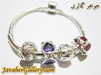 دستبند نقره پاندورا با نگینهای یاقوت و آمیتیست طرح قلب