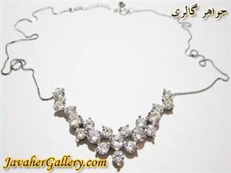 گردنبند نقره سفید با نگینهای درخشان اتمی زنانه زیبا