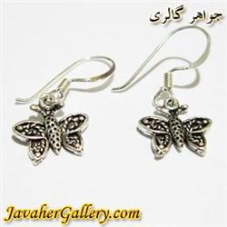 گوشواره نقره آویزی طرح پروانه سیاه قلم