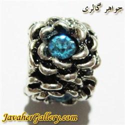 آویز نقره گردنبند و دستبند پاندورا طرح گل با نگینهای آبی کمرنگ زیبا