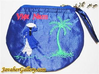 کیف ابریشمی دست دوز آبی پر رنگ با طرحی زیبا