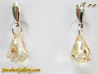گوشواره سواروسکی swarovski اصل نقره با کریستالهای اشکی طلایی مدل میخی آویز دار زیبا