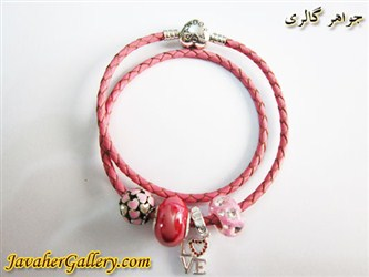 دستبند چرمی پاندورا pandora اصل صورتی با مهره های نقره زیبا